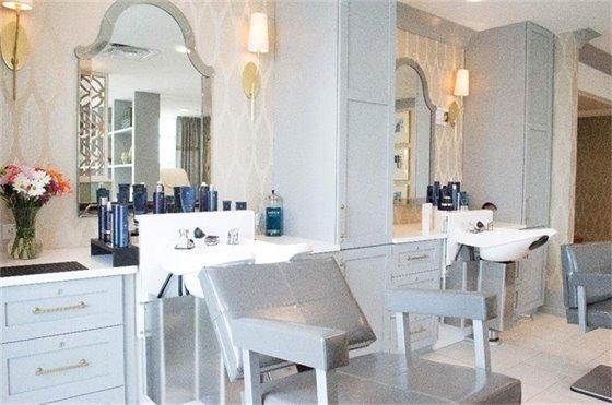 Interior of New Salon in Stonecrest Center Care